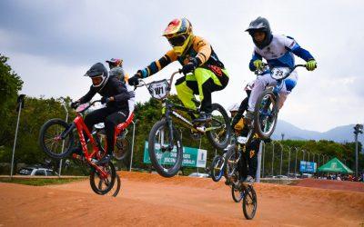 Video: Con 750 bicicrosistas se dio apertura a la Copa Interclubes 2020